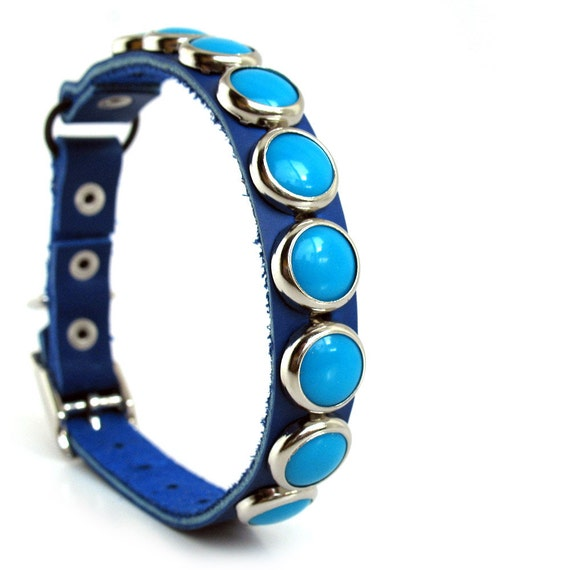 Leather Cat Collar with Turquoise Circles, Size XS/S, to fit a 8-10in Neck, Eco Friendly, OOAK
