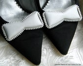 Bows WhiTe Mad MeN Shoe Clips Statement Vintage Jewels for Shoes Ribbed Border Vinyl or Leather Dimensional Matching Mid Century