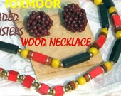 That 70s Show Style Vintage Colorful Wooden Necklace Demi Parure Earrings Red Brown Yellow Rockabilly Cluster GeoMetric Beaded Retro Orange