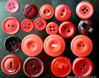 SaLe 1.00 Estate Red Buttons 26 Vintage Lot Destash Variety Lucite Early Mid Century Mixed Supplies Sewing Jewelry Making Arts Crafts Media