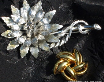 SaLe Set 2 Flowers Vintage Brooches Estate Jewelry Gift Silver Gold Power Lot Mid Century Mod High Relief Dimensional Layered Star 50s 60s