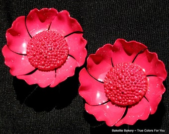 Flower Bloomers Vintage Shoe Clips Estate Jewelry Hot Pink Mid Century Bold Statement Hollywood Haute Couture Magenta Mad Men High Relief