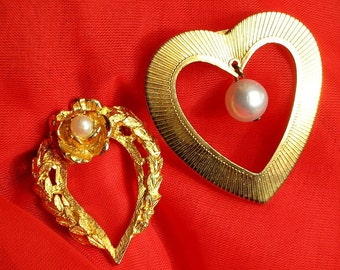 Valentines Day Hearts Vintage Brooches Set Pins Lot 2 Mid Century Mary Blessed Ornate Pearls Catholic Love Scarf Hat Clip Mother of Jesus