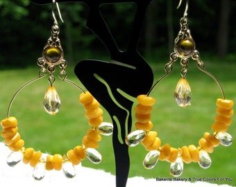 Dangle Vintage Earrings Hoops Jonquil Faux Crystals Amber Nuggets Mod Art Moderne Groovy Disco Fever Plastic Pierced Beaded Faceted