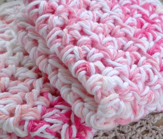 Pink and White Cotton Wash Cloths