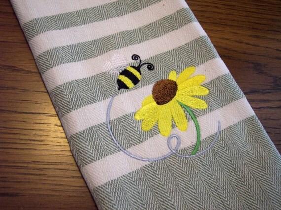 Buzzing Bumble Bee Kitchen Towel