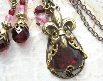 Fleur de Lis Garnet Pendant and Earring Set