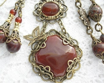Spicy Carnelian Glass and Brass Necklace Set