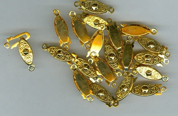 Set of 20 Gold Plated Fancy FishHook Clasps