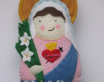 Immaculate Heart of Mary Felt Saint Softie