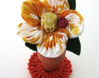 Sewing Notion Needle Nabber Flower Gotcha Orange Magnetic DIYer Needle Artist