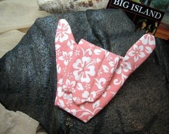 Sewing Notion The Hawaiian Shaka Needle Safe Peach DIY Tool Novelty Hand