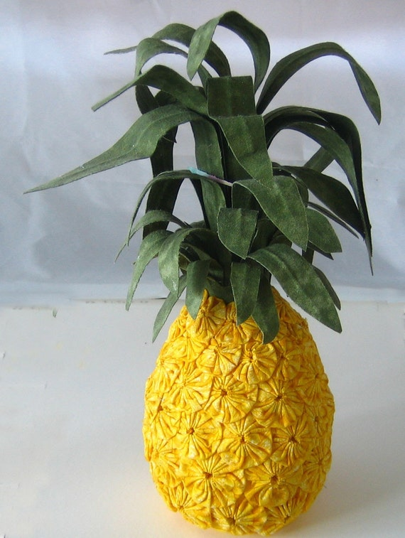Pineapple Delight Fabric Yoyos Decorative Art Home Decor Table Decoration Yellow and Green Pincushion