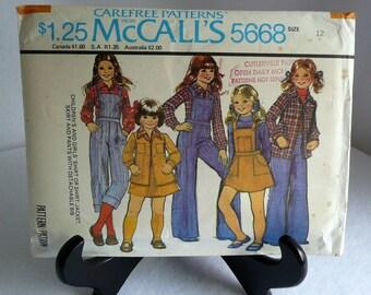 McCalls Pattern 5686 Girls Shirt Jacket Skirt Pants with Detachable Bib 1977