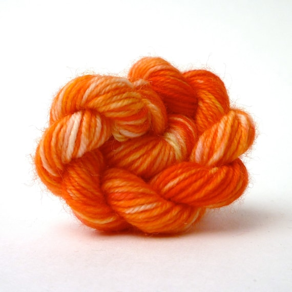 MINI SKEINS Hand Dyed Baby Ull