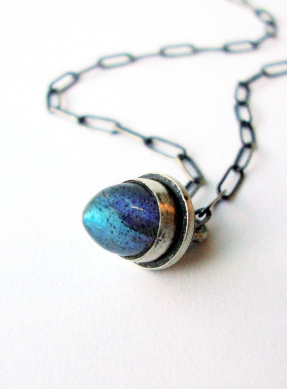 Labradorite Necklace - Drop of Neptune