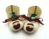 Christmas Baby Booties Baby Boots Baby Bootees Baby Shoes Christmas Pudding Infant Shoes Infant Boy Newborn Christmas Baby Shower Baby Booty