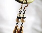Rose Quartz Dangle Earrings, Gold Earrings, Vintage Inspire, Citrine Quartz, Long Earrings, Wire Wrapped, Sweet Delicate Details