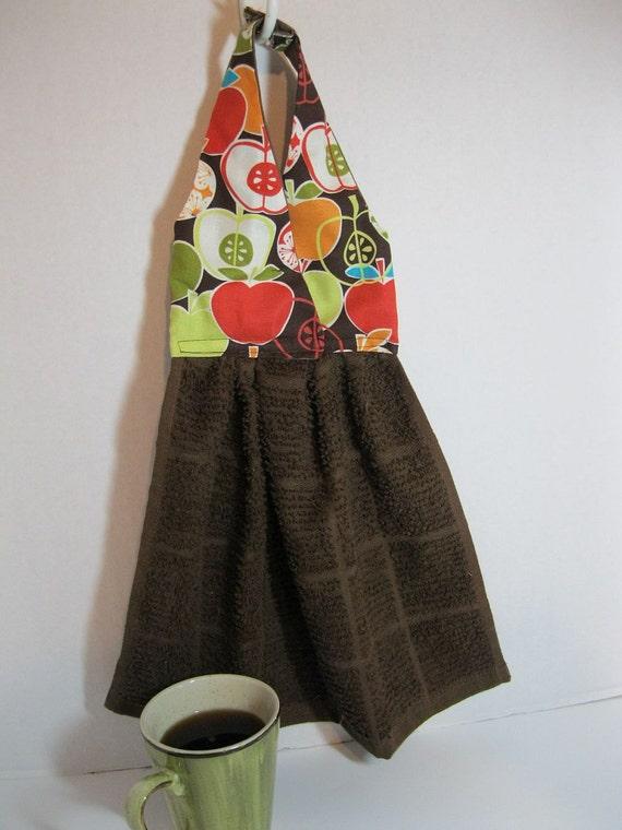 Hanging Dish Towel Comtempary Apples