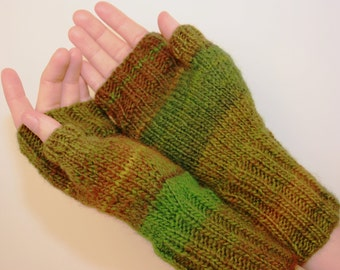 Soft and Warm, Luck O the Irish, Fingerless Mittens with Thumb, Hand-knit by Janie, Women's size small