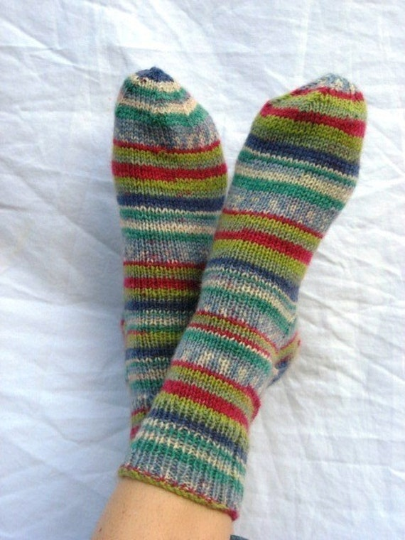Hand-knit W 7-9 Winter Wonderland Ankle Socks