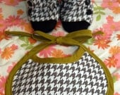 PDF Sewing Pattern Combo Pack Ruffled Baby Boots and Quilted Reversible Baby Bib 0-3 3-6 6-12