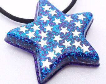 Superstar- Glitter and Resin Brooch\/Pendant