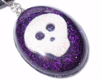 White Skull- Glitter and Resin Goth Pendant