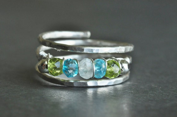 Mother Ring / Grandmother ring / Birthstone ring / Family birthstone ring - genuine gemstones + 2 sterling silver beads