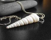The Abyss - Sea Shell Necklace - Bridesmaid Idea