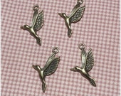 10 pcs Antique Bronze Bird Metal Charm Pendant - 1 side -