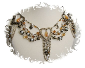 Amber Renaissance Necklace with Earrings