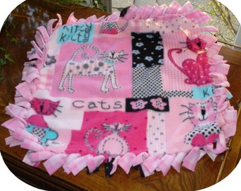 Small Pink Cats Fleece Baby Blanket GAA 105