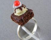 Hot Fudge Brownie Sundae - Ring