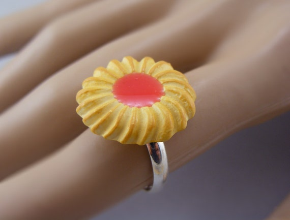 Jam Cookie Ring