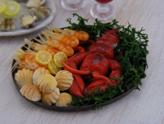 Lobster, Tonight - 1:12 Scale Dollhouse Miniature Seafood Collection