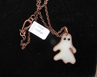 Ghostly Pendant
