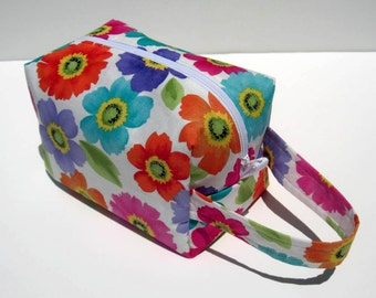 MOVING SALE - Bright Flowers Zipper Box Knitting Project Bag