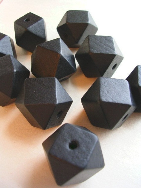 Faceted Cube  Wooden Beads Black (WB15)