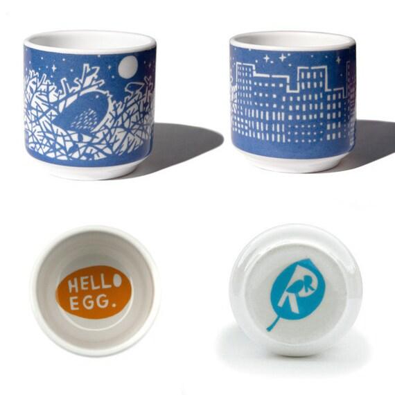 Nest.... Egg cup in Dark Blue