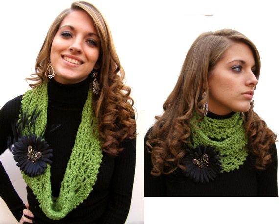 Crochet Scarf Pattern PDF Infinity Pattern Crochet Pattern Tute on Black Daisy Clip & Pin  Zebra Ribbon and Clip No. 48