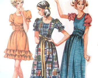 Vintage 70s Sewing Pattern 34 Bust Petite Ruffle Dress Long or Short Puff Sleeves Prairie Girl Square Dance