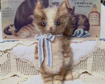 Tabby Cat E Pattern Vintage Style Mohair Kitty Frisky