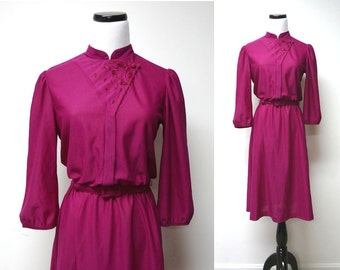 THE Y . vintage poly dress . size 9 - 10 medium . made in USA