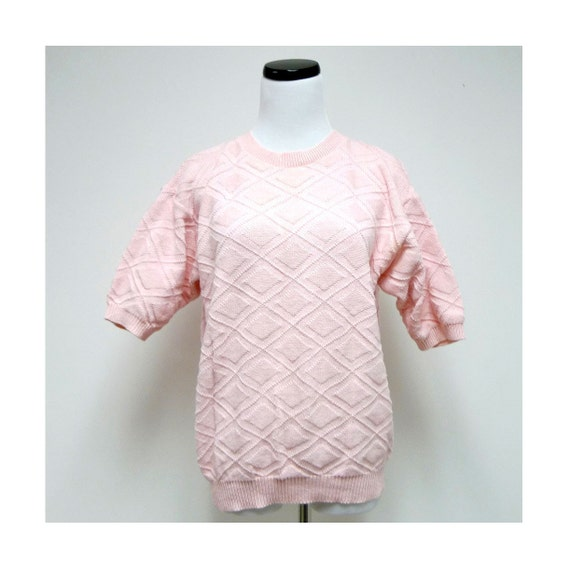 HABERDASHERY . 1980 vintage diamond pattern baby pink knitted sweater top . size Large . Made in USA