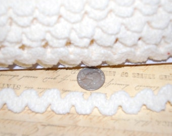 Luxurious Buttercream  1/2 inch wide Chenille Ric Rac