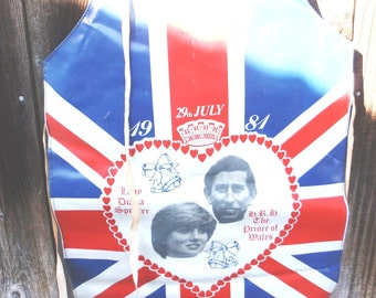 Sale Vintage 1981 Charles and Diana Wedding Souvenir Apron Union Jack Rare epsteam