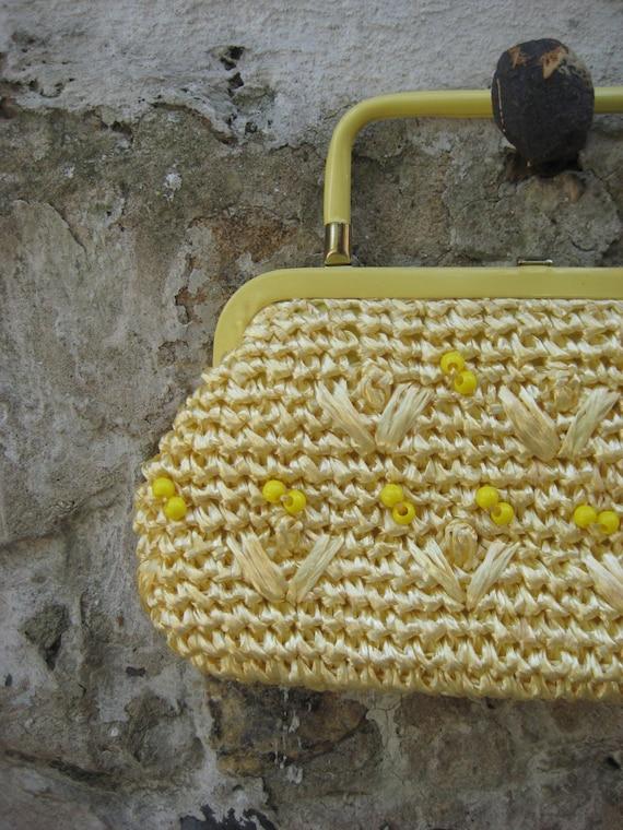 SUMMER SALE...Cute Vintage 50s Raffia Yellow Bead Purse Clutch