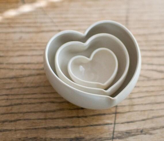 Nesting Heart Bowl Set- WHITE
