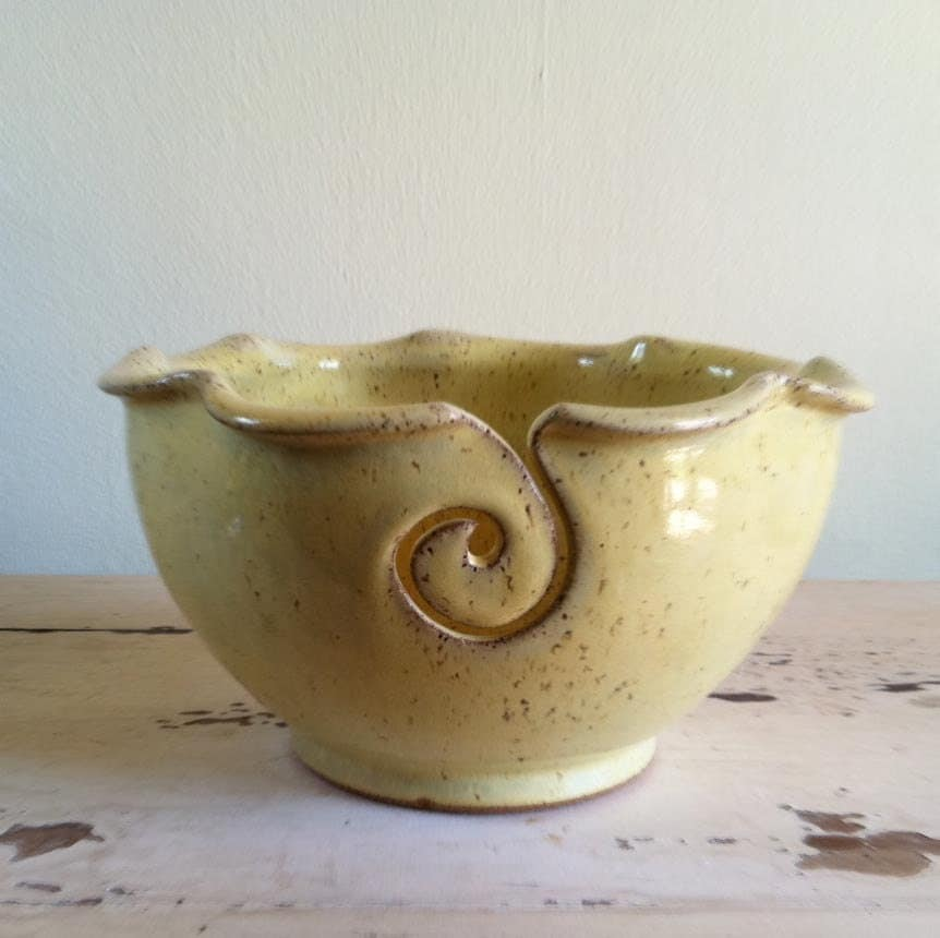 Crochet Yarn Bowl : Yarn Bowl Knitting bowl Yarn bowls Crochet bowl by redhotpottery
